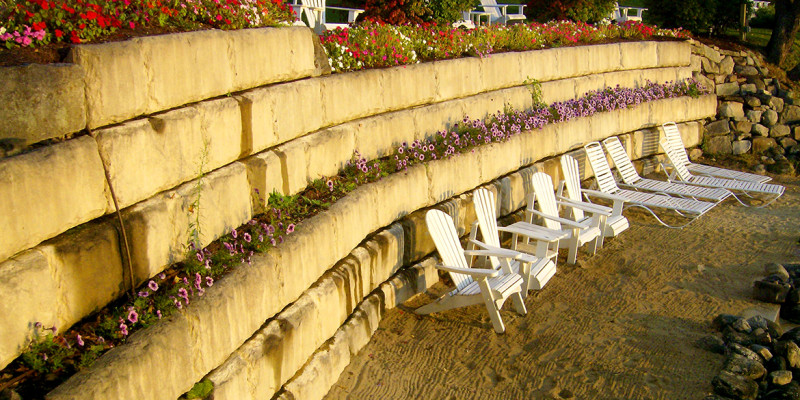 redi-rock-retaining-wall-concrete-NH